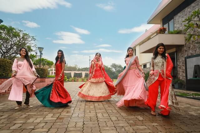 Make yourself beautiful in puja festival